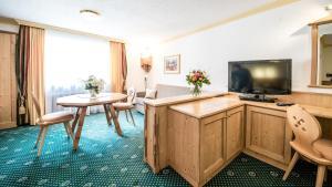 Hotel Kristall, Hotely  Sankt Anton am Arlberg - big - 39