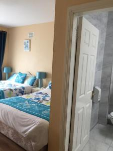 Bolands B&B, Bed and Breakfasts  Dingle - big - 14