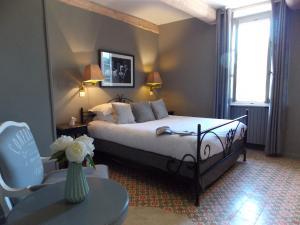 Hostellerie Le Roy Soleil, Szállodák  Ménerbes - big - 22