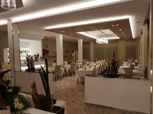 Hotel Solemare, Hotely  Cesenatico - big - 17