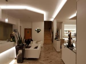 Hotel Solemare, Hotely  Cesenatico - big - 38