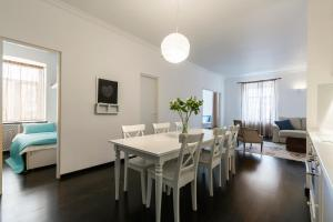 Peter the Great Apartments on Nevsky, Apartmány  Petrohrad - big - 40