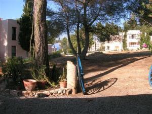 Pensión Las Tres Golondrinas, Vendégházak  Es Figueral Beach - big - 31