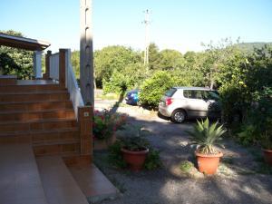 Pensión Las Tres Golondrinas, Vendégházak  Es Figueral Beach - big - 28