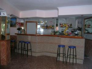 Pensión Las Tres Golondrinas, Vendégházak  Es Figueral Beach - big - 25