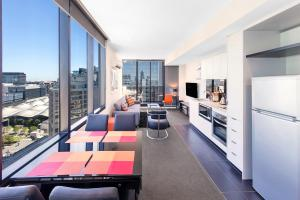 Aura on Flinders Serviced Apartments, Aparthotels  Melbourne - big - 39