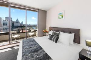 Aura on Flinders Serviced Apartments, Aparthotels  Melbourne - big - 24