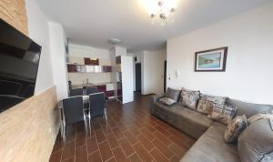 Apartment Gosposhtina 219, Apartmány  Budva - big - 71
