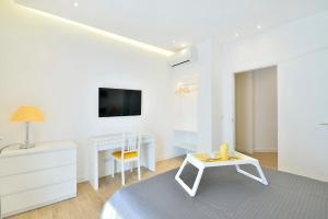 New Romantic Trastevere Apartment, Дома для отпуска  Рим - big - 13