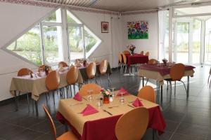 Les Heures Claires, Nyaralók  Istres - big - 17