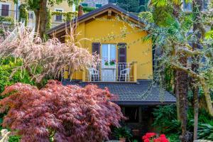 Villa Torretta, Гостевые дома  Варенна - big - 30