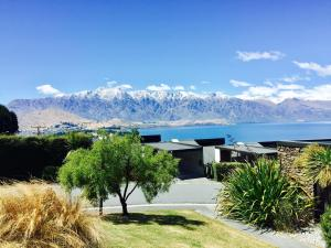 Distinctive Lakeview Townhouse, Case vacanze  Queenstown - big - 15