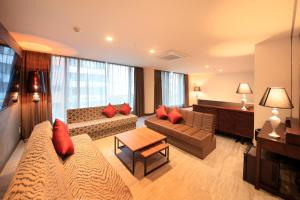 Deluxe Suite Room - Non Smoking  - Annex