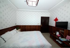 Kunshan Zhoujia Waterside Inn