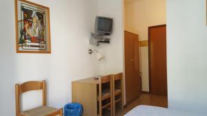 Hotel Firenze, Hotels  Malcesine - big - 4