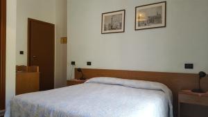 Hotel Firenze, Hotels  Malcesine - big - 19