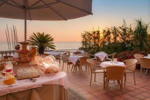 Hotel Golfo E Palme, Hotel  Diano Marina - big - 69