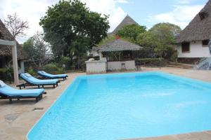 Luxury cottages at Diani Greenland