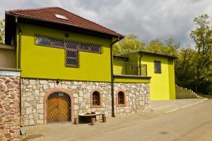 Penzion - Vinarství Hanuš