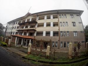 Hill Peninjau Apartments