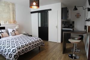 Studio Saint-James, Apartments  Bordeaux - big - 7