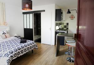 Studio Saint-James, Apartments  Bordeaux - big - 4