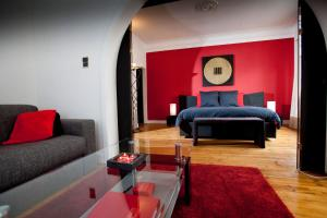 BandB Luxe Suites-1-2-3