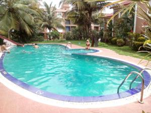 Goa Rentals 2BHK Deluxe Apartment In Candolim With Pool
