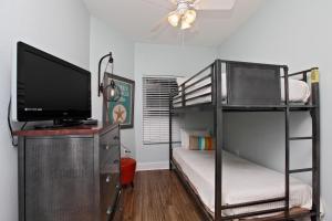 Three-Bedroom Apartment 505