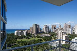 The Ritz-Carlton Residences Waikiki Beach (3 of 39)
