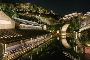 Beijing GuBei Water town Great Wall Yuanzhu Sweet Apartment, Apartments  Miyun - big - 27
