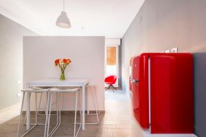 MiaVia Apartments- Marconi - AbcAlberghi.com