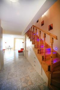 Sintria Court Premium, Art-Maisonettes & Panoramic Roof, Apartmány  Balchik - big - 14