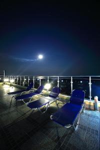 Sintria Court Premium, Art-Maisonettes & Panoramic Roof, Ferienwohnungen  Balchik - big - 65