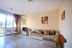 Sintria Court Premium, Art-Maisonettes & Panoramic Roof, Apartmány  Balchik - big - 7