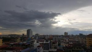 2ZC Apartment, Гостевые дома  Пномпень - big - 17