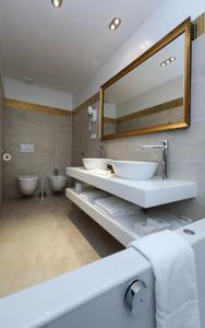 Deluxe Double Room with Free Parking
