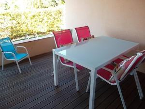 Mar da Luz, Algarve, Apartmány  Luz - big - 9