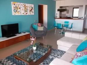 Mar da Luz, Algarve, Apartmány  Luz - big - 16