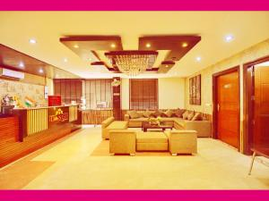 Hotel Daanish Residency, Отели  Нью-Дели - big - 1