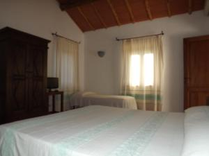 Il Vecchio Ginepro, Bed and Breakfasts  Arzachena - big - 23