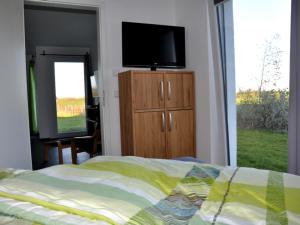 Villa Calm Sailing, Apartmanok  Börgerende-Rethwisch - big - 73