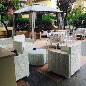 Hotel Fucsia, Szállodák  Riccione - big - 36
