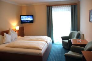 Hotel-Pension Falkensteiner, Hotels  Sankt Gilgen - big - 45