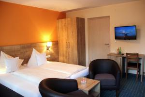 Hotel-Pension Falkensteiner, Hotels  Sankt Gilgen - big - 55