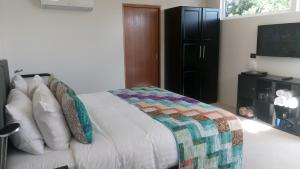 Malting Lagoon Guest House and Brewery, Bed & Breakfast  Coles Bay - big - 2