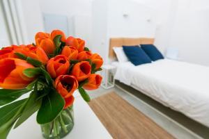 MiaVia Aparts & Loft Mascarella - AbcAlberghi.com