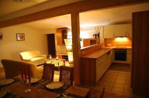 Vicky Apartments, Appartamenti  Niederau - big - 3