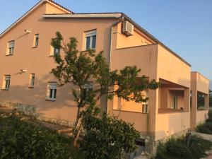 Sunny Rock Volme Apartments, Apartments  Banjole - big - 23