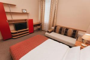 Apartment at Lermontova 15-2, Apartmanok  Jekatyerinburg - big - 4